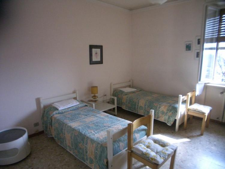 Affitto stanza singola a parma pr via alexander fleming 1 euro 35 - Posto letto parma ...